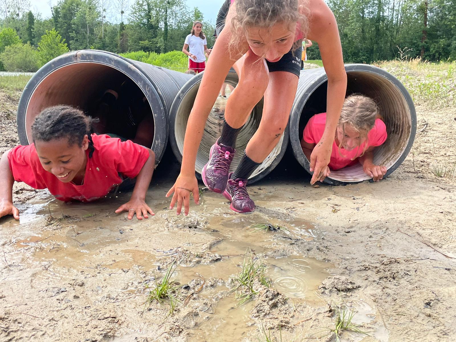 Sortie des élèves de l'option athlétisme et de la section foot au lac de Vénérieu